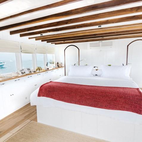 Mischief - Luxury Indonesian Yacht Charter