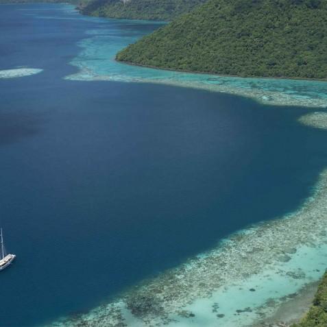 Raja Laut - Luxury Indonesian Charter Yacht