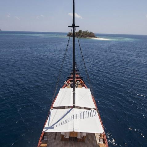 Samata - Luxury Indonesian Phinisi Yacht Charter