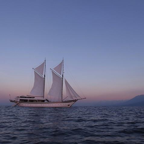 Zen - Luxury Indonesian Phinisi Yacht Charter