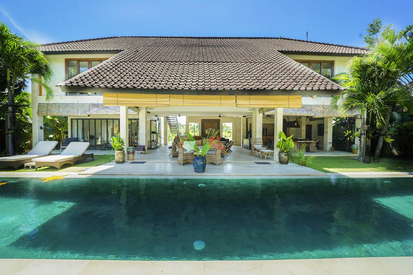 Abaca Villa Kadek - Seminyak Luxury Villas