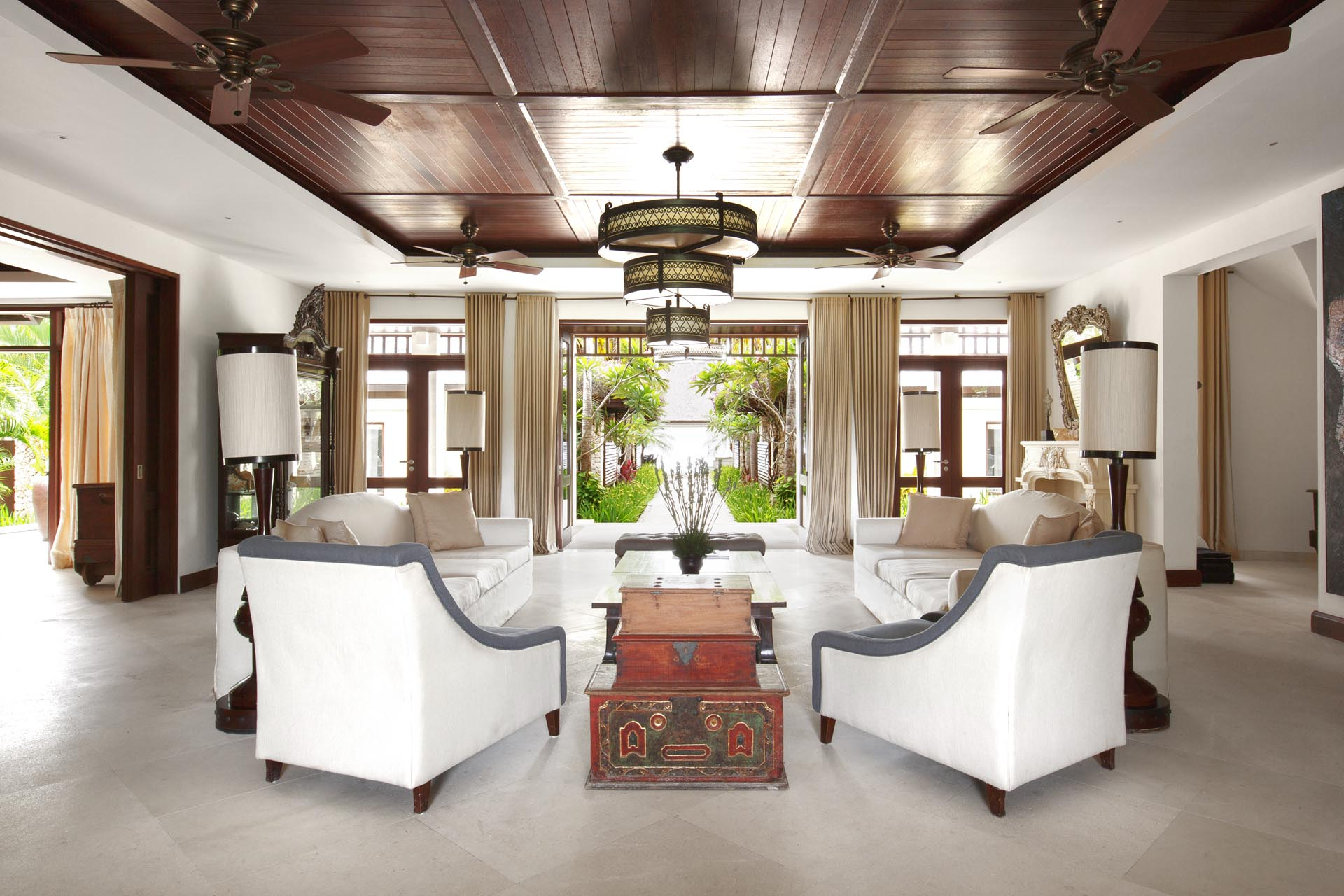 Palatial Bali Villas & Homes for Large Groups